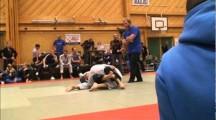 BJJ SM 2011 Herrar seniorer -76kg Martin Persson vs unknown2